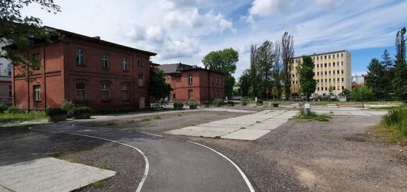 csm_fot._budynki_przy_ulicy_hallera_i_plac__gdzie_maja_powstac_mieszkaniaa_skupien__4__b65c9d9c89