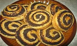Spiralki drożdżowe z makiem - Serwis informacyjny z Rybnika - naszrybnik.com