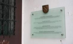 Pamiątkowe tablice na budynkach - Serwis informacyjny z Rybnika - naszrybnik.com
