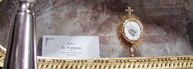Św. Walenty - patron zakochanych, ale i... obłąkanych. Relikwie znajdują się w Rudach - Serwis informacyjny z Rybnika - naszrybnik.com
