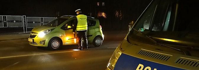 Nietrzeźwa kierująca i pechowy upadek pijanego rowerzysty. Policja apeluje aby po wypiciu alkoholu nie prowadzić żadnego pojazdu! - Serwis informacyjny z Rybnika - naszrybnik.com
