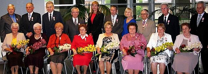 17 par świętowało 50-lecie pożycia małżeńskiego - Serwis informacyjny z Rybnika - naszrybnik.com