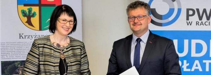 Podpisanie umowy między PWSZ w Raciborzu i Gminą Krzyżanowice  - Serwis informacyjny z Rybnika - naszrybnik.com