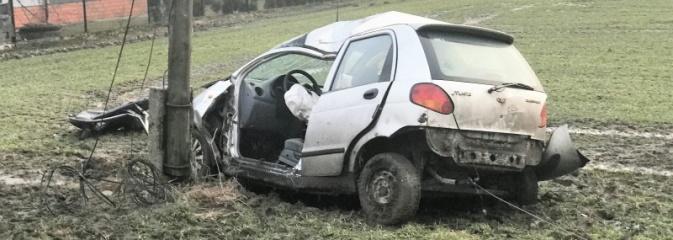 Wypadek dwóch samochodów osobowych w Raszczycach - Serwis informacyjny z Rybnika - naszrybnik.com