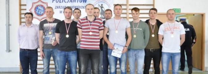 Memoriał im. podkom. Tadeusza Bartosika. Strażacy z Rybnika w drużynie zwycięzców - Serwis informacyjny z Rybnika - naszrybnik.com