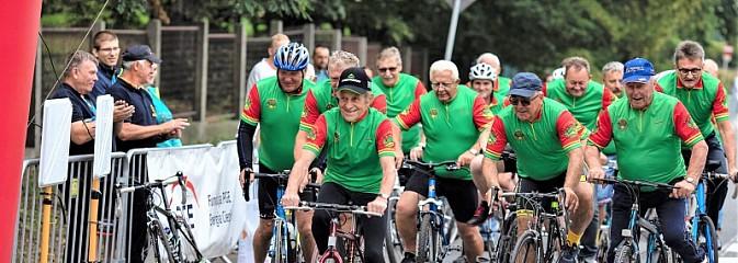 Ponad 400 kolarzy wzięło udział w tegorocznej edycji Tour de Rybnik - Serwis informacyjny z Rybnika - naszrybnik.com
