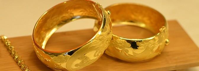 Jak skutecznie czyścić biżuterię? Niech Twoje niepowtarzalne ozdoby i pamiątki odzyskają blask - Serwis informacyjny z Rybnika - naszrybnik.com
