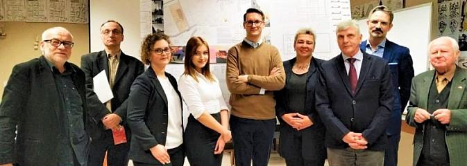 Nowi inżynierowie kierunku Architektura w PWSZ Racibórz - Serwis informacyjny z Rybnika - naszrybnik.com