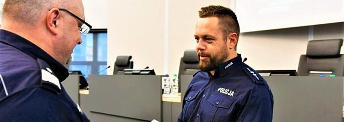 Policjant z Rybnika z wyróżnieniem - Serwis informacyjny z Rybnika - naszrybnik.com
