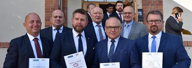 Podpisano historyczne memorandum o współpracy - Serwis informacyjny z Rybnika - naszrybnik.com