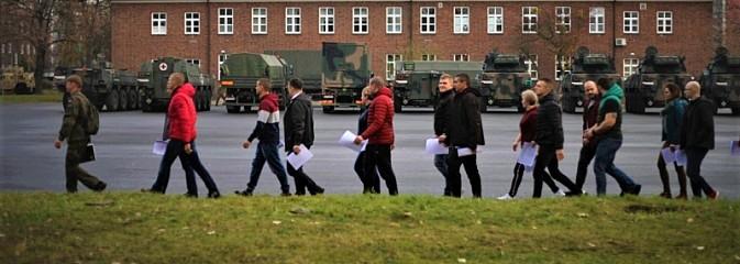 Tak wygląda dziś na Śląsku początek służby wojskowej - Serwis informacyjny z Rybnika - naszrybnik.com